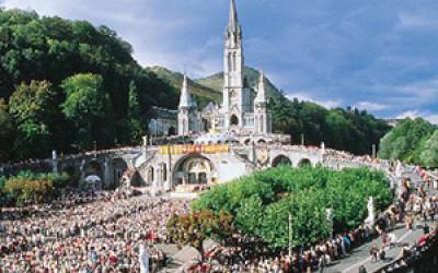 Pellegrinaggio a Lourdes