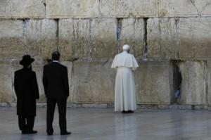 Papa Francesco e il muro del pianto