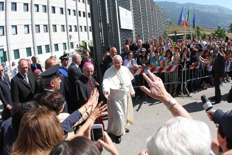 250mila persone e il Papa in Calabria